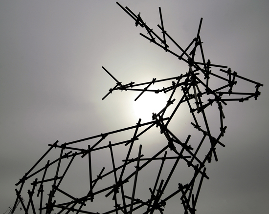 Stag-scaffolding-sculpture-2pr
