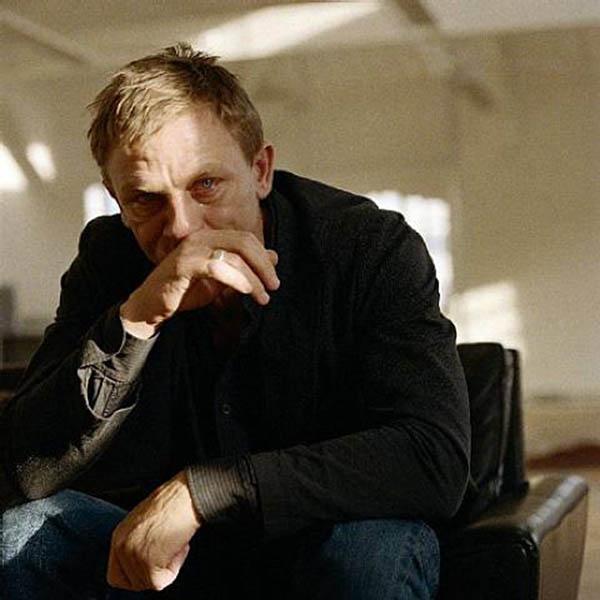 Sam-taylor-wood-men-crying-3a